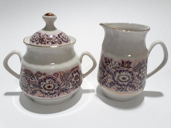 Руски порцеланов сет,чайник и латиера.Винтидж.80те г,,РФЗ,,маркировка.