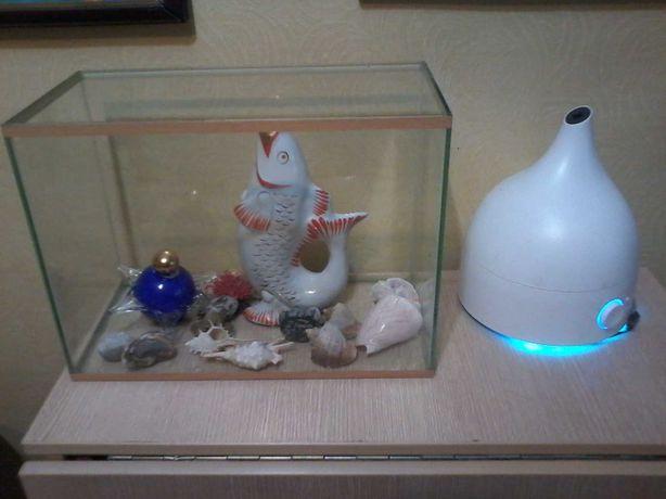 Аквариум 25  литров. с морскими ракушками и камнями!