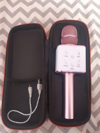 Продавам музикален микрофон
