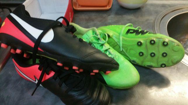 Ghete footbal Nike şi Adidas 37 şi 38 - vedeţi FOTO