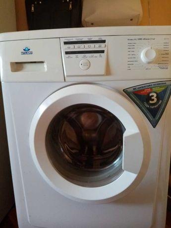 Продам машинку-автомат стиральную Атлант не дорого