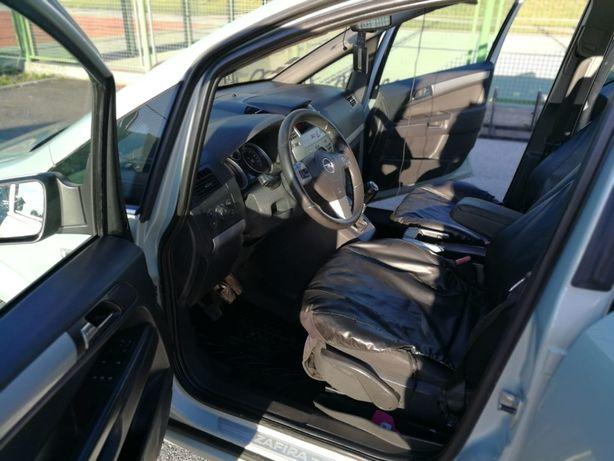 Opel Zafira B Facelift
