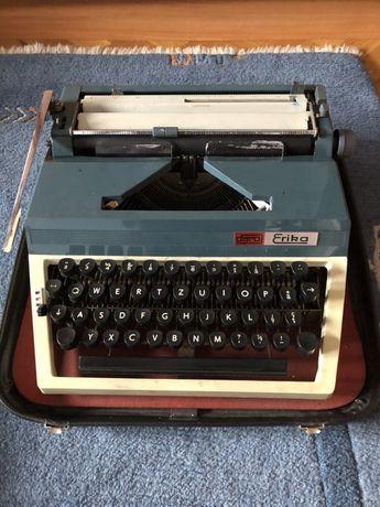 Masina de scris Daro Erika