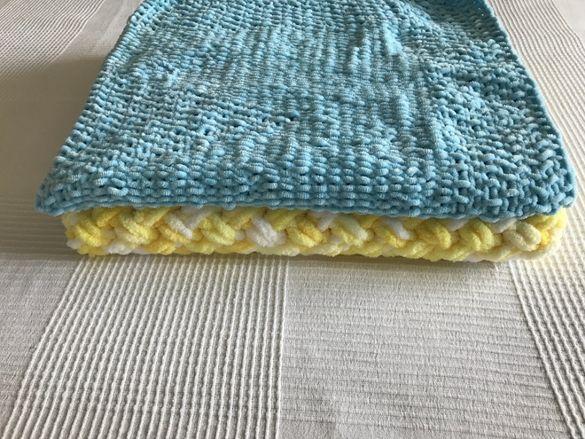 Бебешки ръчно плетени одеялца / пелени