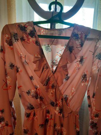 Платье размер s продается
