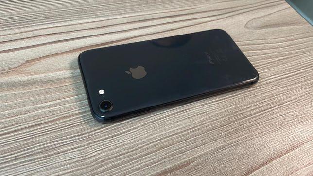 Iphone 8 64 gb в идеальном состоянии