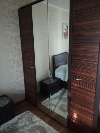 Платяной шкаф в спальню