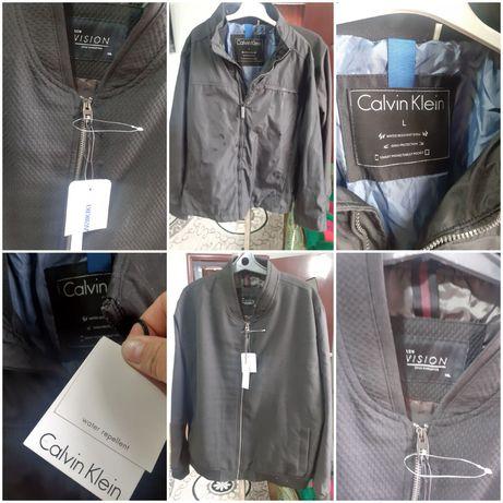 Продам мужские осенние куртки новые размер 52-54р фирменные
