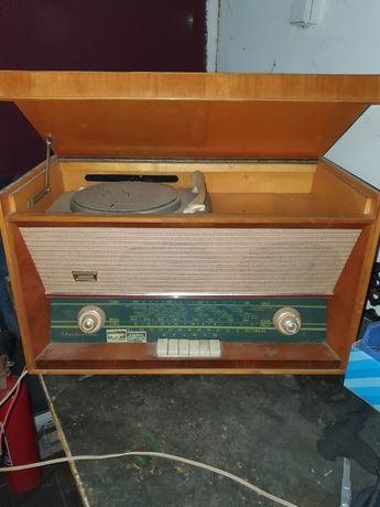 vand 2 buc radio cu pickup
