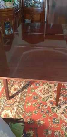 Стол лакированный раздвижной б/у,цвет,д-170(150),ш-80,торг уместен.