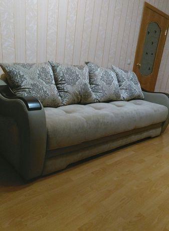 Продам набор мягкой мебели.