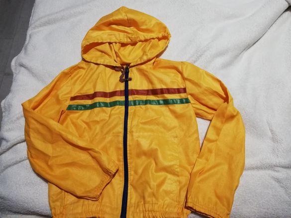 Жълто детско яке унисекс
