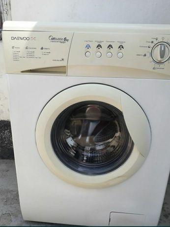 Продам стиральную машинку фирмы Daewoo