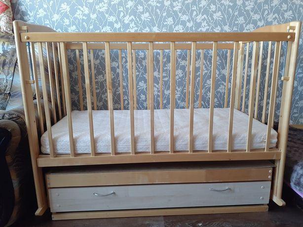 Продам кровать-люлька.