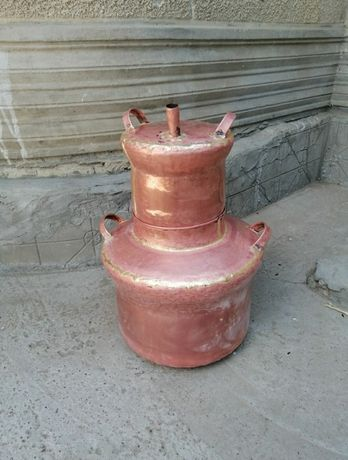 Vând cazan de făcut tuica din cupru alimentar de 75 litri din cupru al
