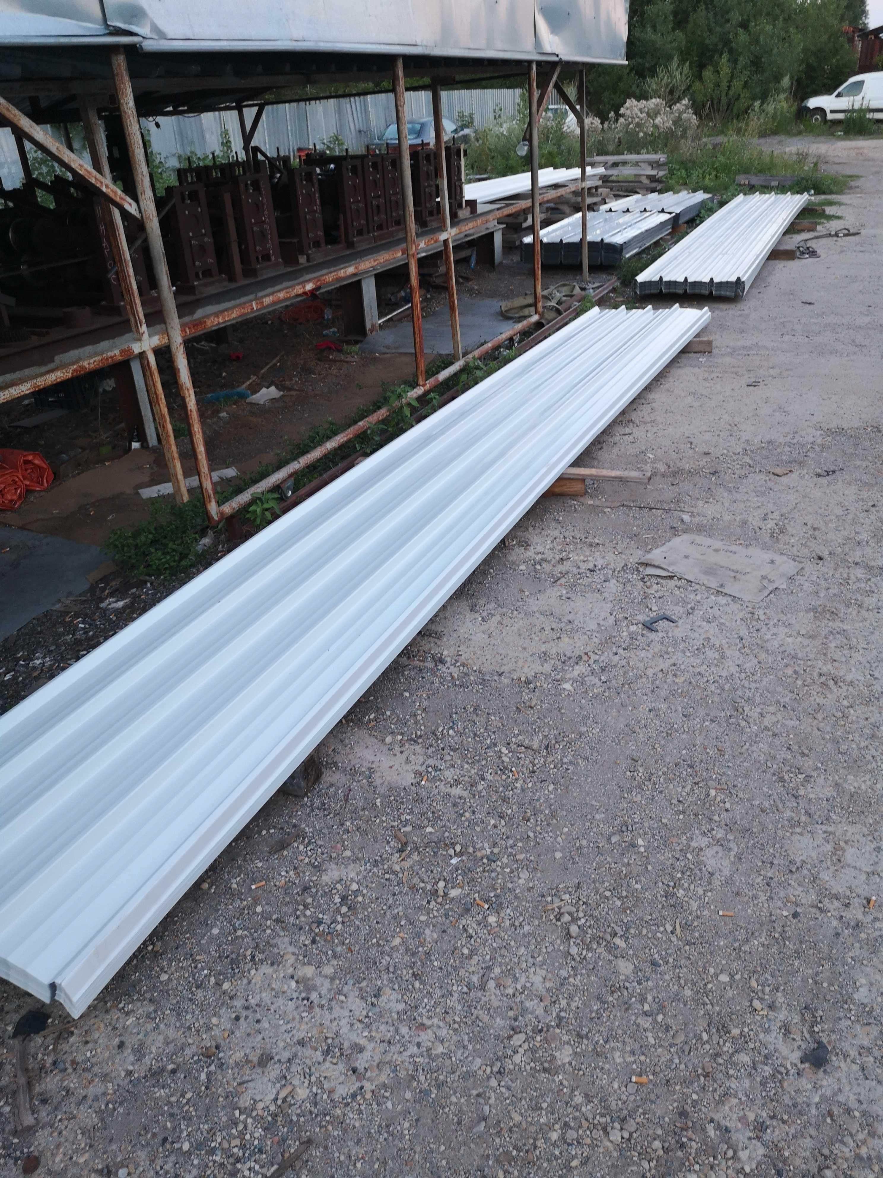 Покривна пвц-пластифицирана ламарина от 1м до 14м дължина 9.00лв.кв.м.