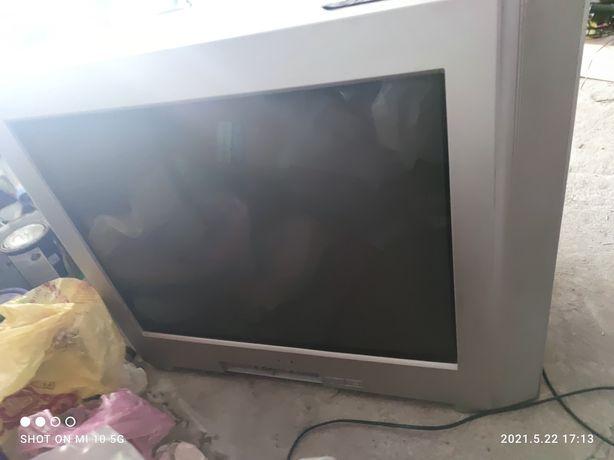 Продается телевизор Sony в рабочем состоянии