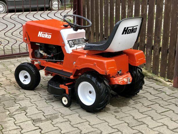 Tractoras tuns iarba gazonul HAKO 8cp Brigs & Stratton