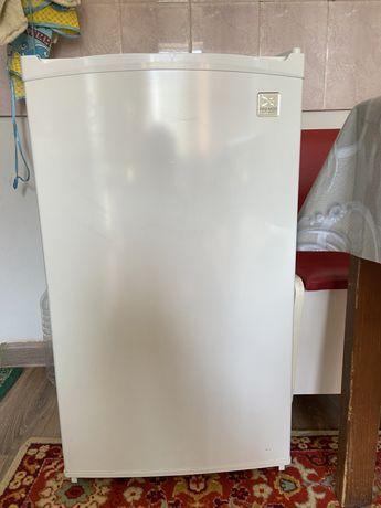 Продам холодилник