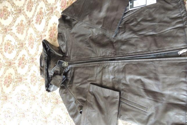 Кожаная куртка. Женская 50 размер