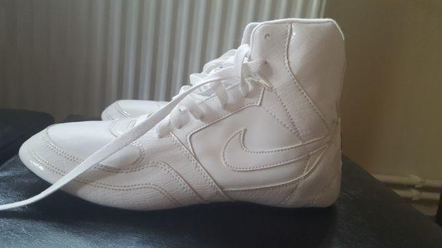 Nike Greco Supreme nr.40