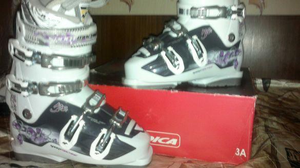 Дамски ски обувки Nordica