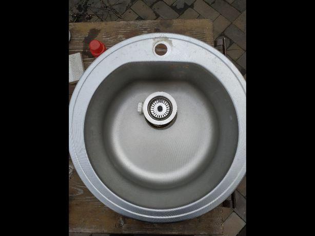 Chiuveta Inox rotunda cu sisteme de fixare
