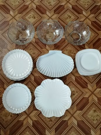 Посуда разная.салатные.