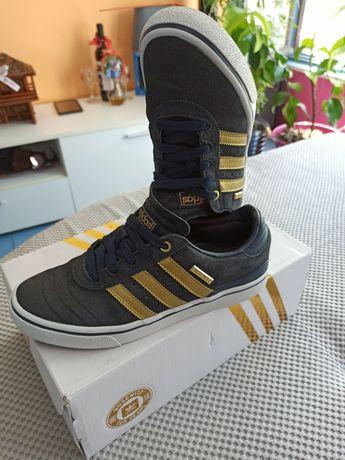 Кецове     Adidas Busenitz