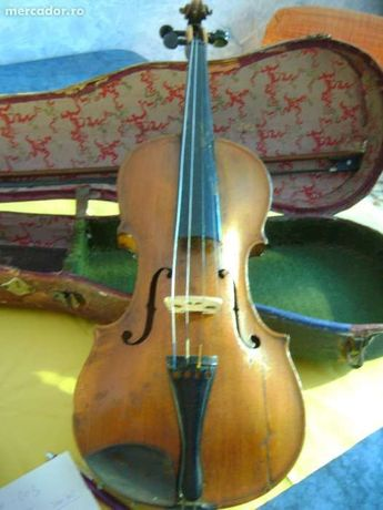Vioara veche 1722 Iosef Klaz