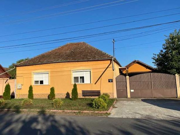 Casa centrala Chisineu Cris