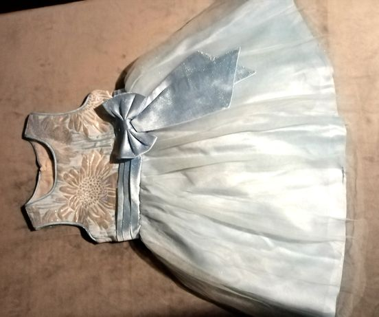 Детское платье на девочку.