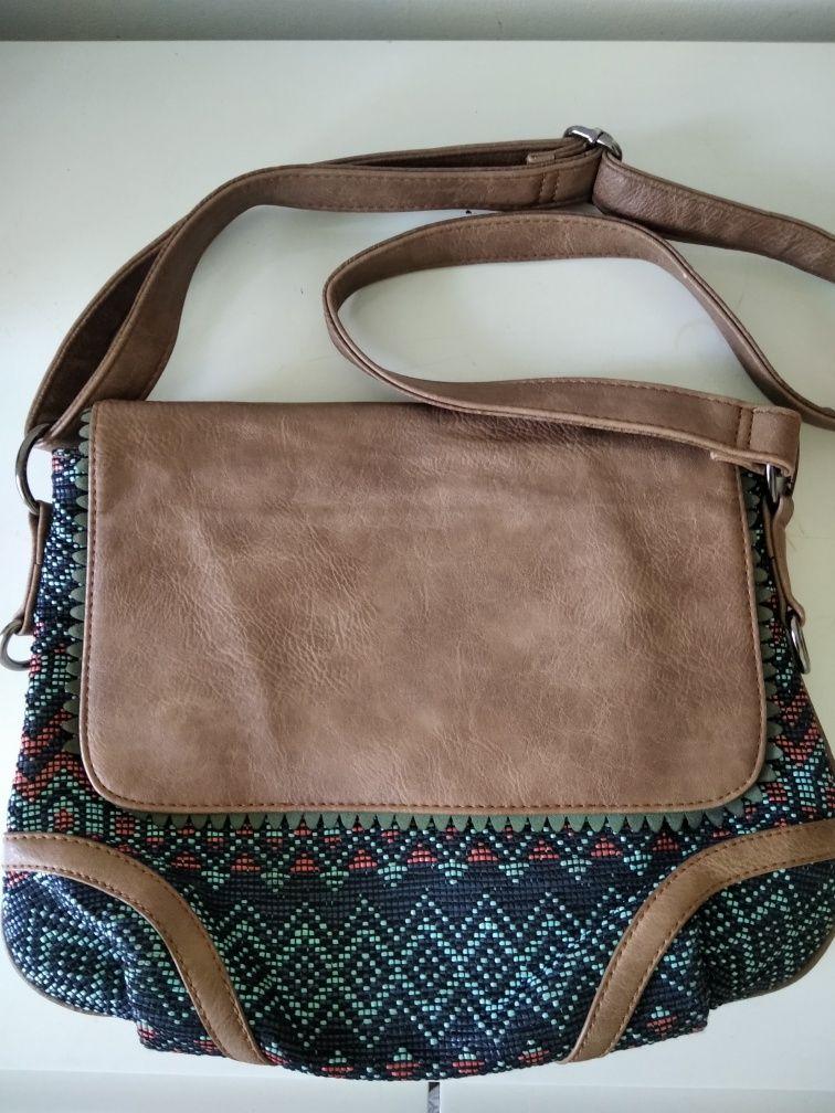 Дамска чанта текстил и екокожа