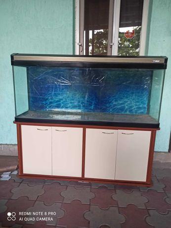 заводской аквариум 350л с тумбой