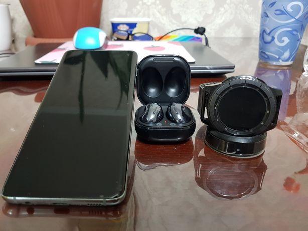 Samsung galaxy s10. Gear S3. Buds live. Смартфон. Часы. Наушники