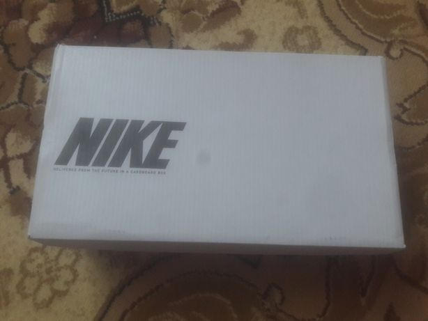 Бутсы от компании Nike!
