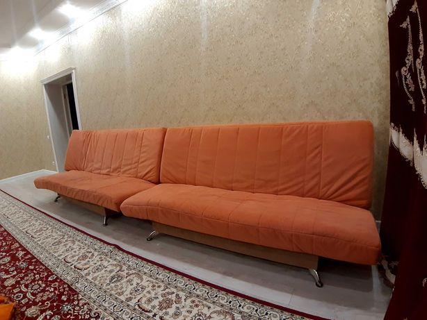 Продам 2 дивана по 25000. Торг