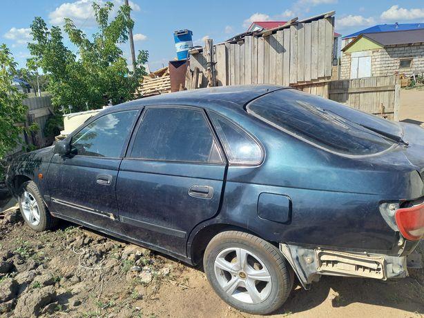 Продам Toyota Karina