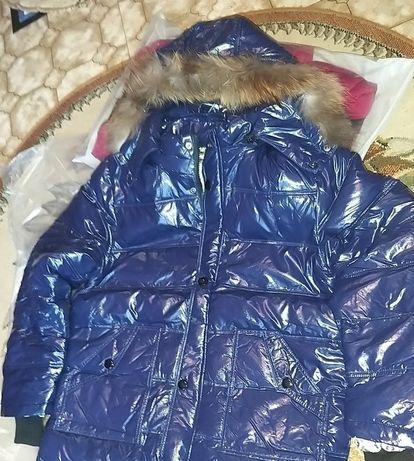 Новинка. Куртка муж новые в упаковке с енотовой опушкой.