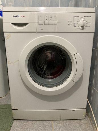 Продам б/у стиральную машину Bosch