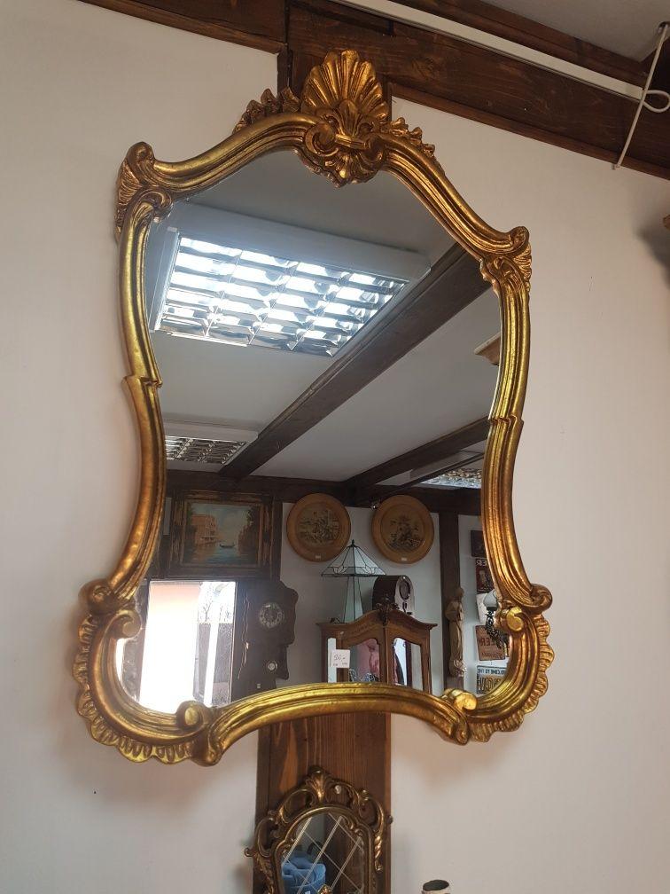 Oglinda cu rama lemn