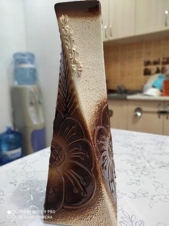 Продом декаративный вазы