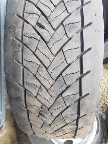 Anvelope 295/55R22,5 GOODYEAR KMAX D TRACTIUNE Second -hand