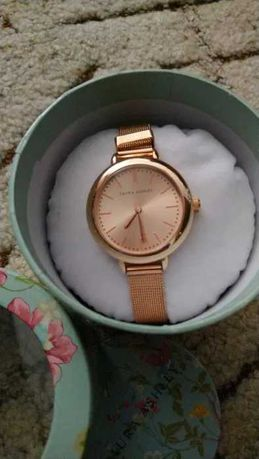 Дамски часовник Laura Ashley