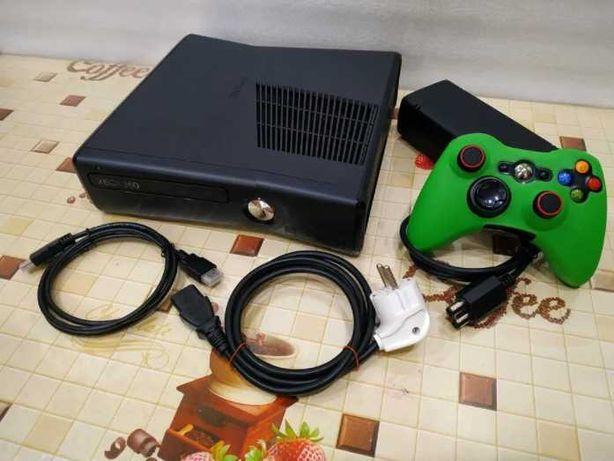 Xbox 360 в подарок 180 игр Прошитый Freeboot
