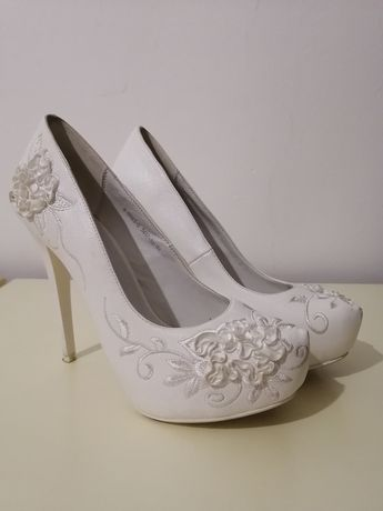 Туфли невесты или на праздник