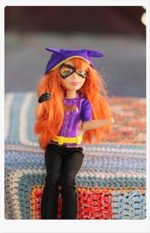 MattelDC Super Erou Batgirl femeia pisica
