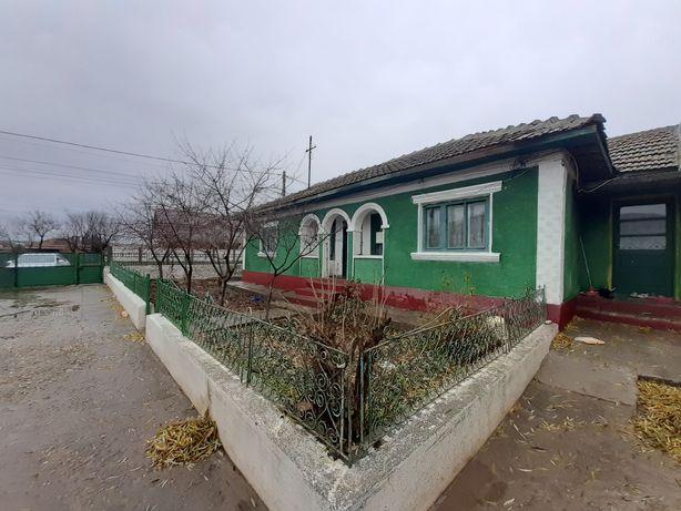 Vând casă în Corbu de Sus