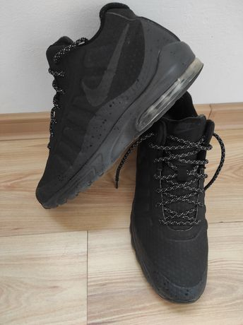 Adidas Nike Air Max Invigor mid 43