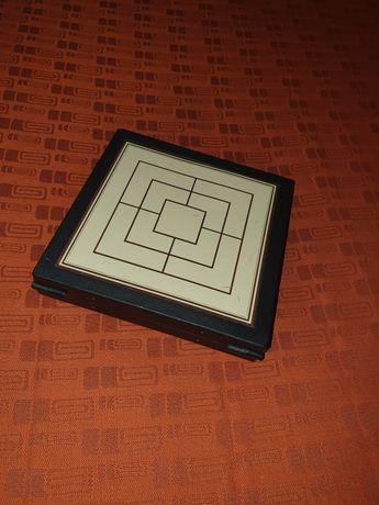 Кутия с игри